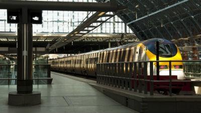 Движение поездов Eurostar под проливом Ла-Манш возобновилось