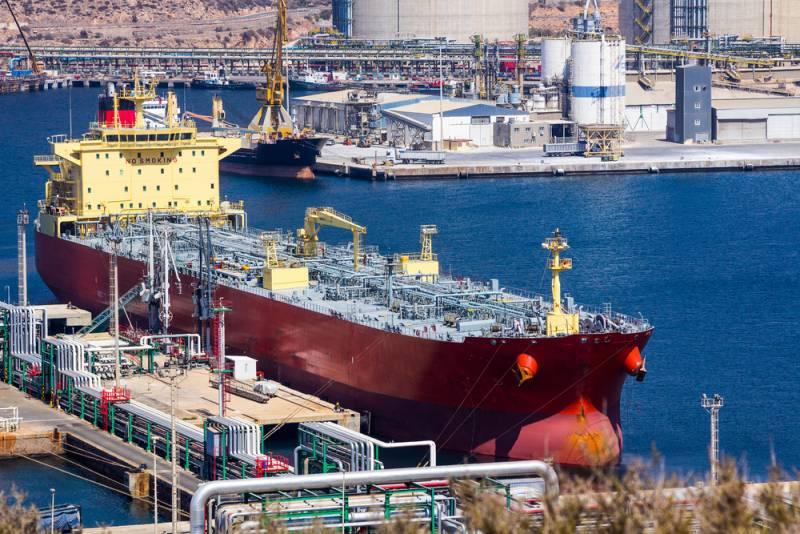 Поставки американской нефти в Китай прекращены