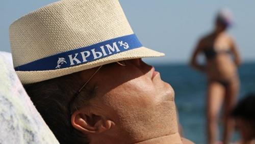 Крым с начала года принял бо…