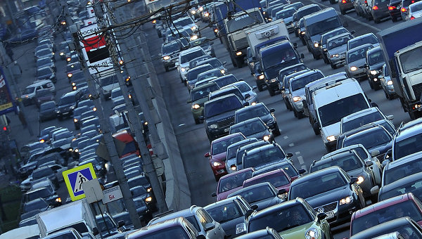 Правительство рассмотрит вопрос организации платного въезда автомобилей в центр Москвы