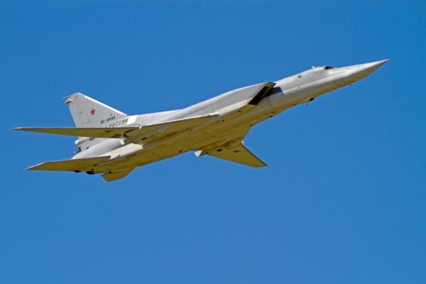 Латвия заявила о девяти российских самолетах, двух кораблях и подлодке у своих границ