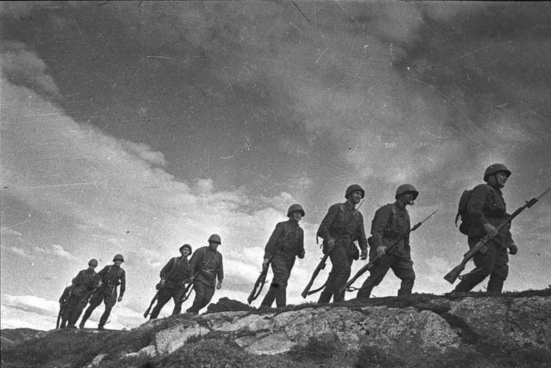 «Дорогой отец нужно Керченский полуостров очистить от фашистов...»