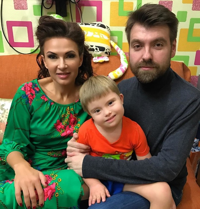 Конфликт Эвелины Блёданс с Константином Хабенским обрёл завершение