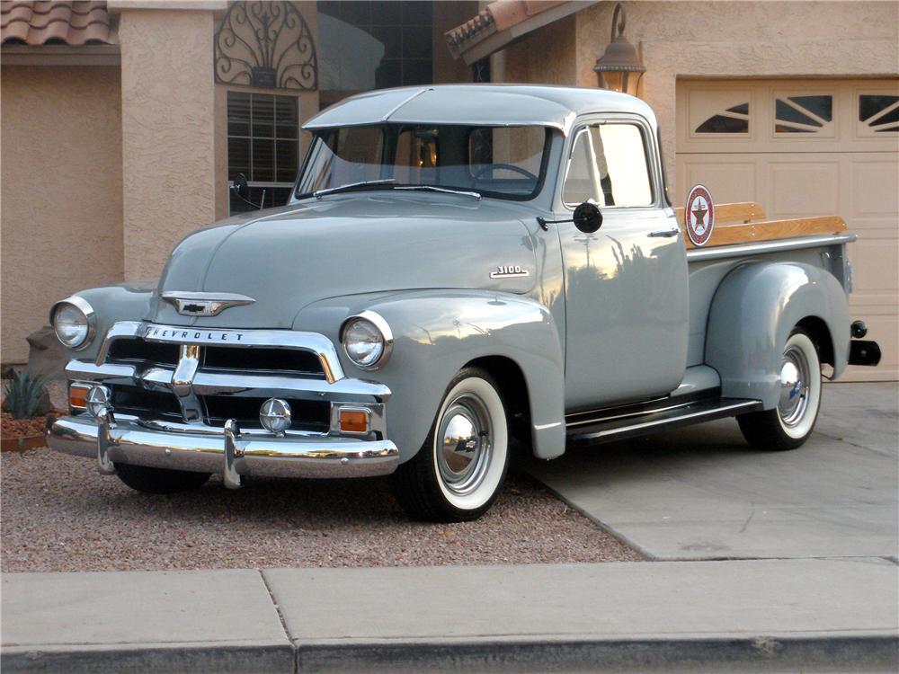 1954 год, Chevrolet 3100 из грузопассажирской линейки Chevrolet Advance Design. Грузовички этой линейки до сих пор являются одними из самых популярных «мишеней» для кастомайзеров и любителей отлдтаймеров. chevrolet, автодизайн, красота
