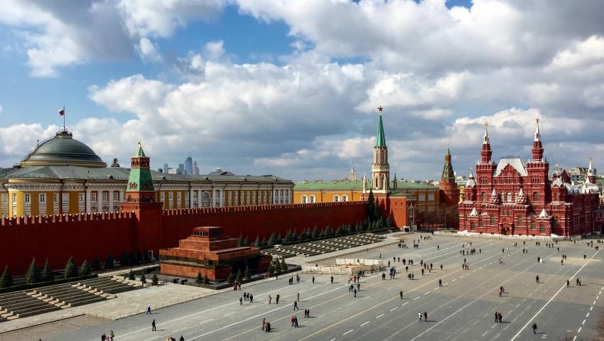 москва, южно-сахалинск и петербург возглавили рейтинг трудовой привлекательности городов россии