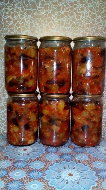 Салат на зиму из баклажан и огурцов