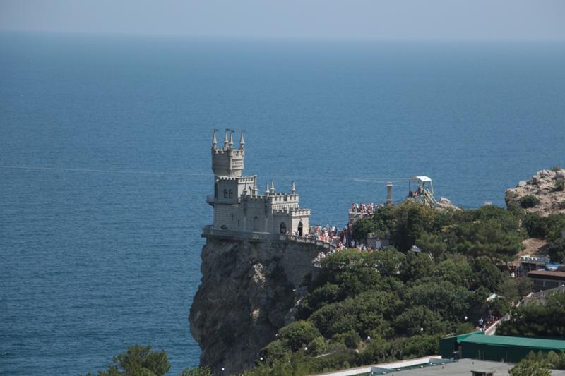 Глава Крыма посоветовал жителям не выплачивать кредиты украинским банкам