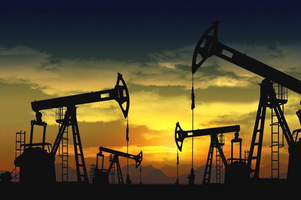 Назван предел падения доллара на фоне дорожающей нефти