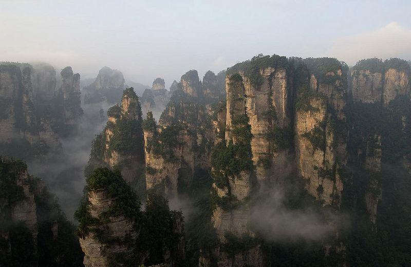 10 самых впечатляющих канатных дорог мира (46 фото)