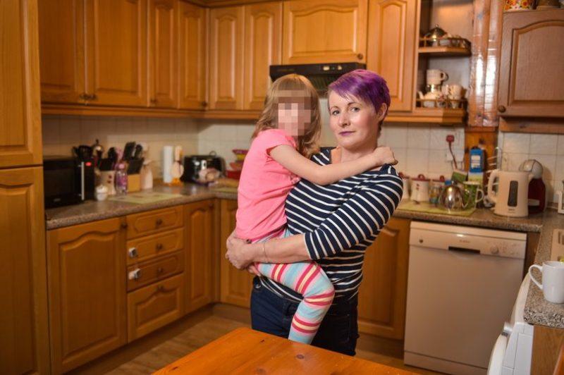 «В этот день я умру»: примерный семьянин избил жену до полусмерти, но ее спасла 6-летняя дочь