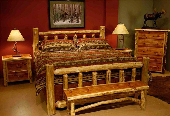 Картина с пейзажем в спальне стиля кантри