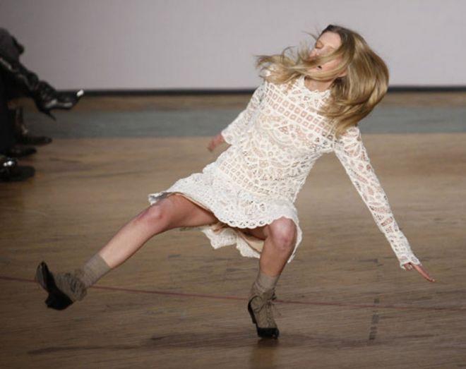 задорный танец