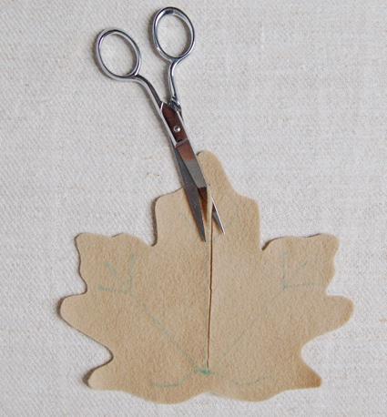 Leaf-Coasters-2cut3 (425x458, 83Kb)