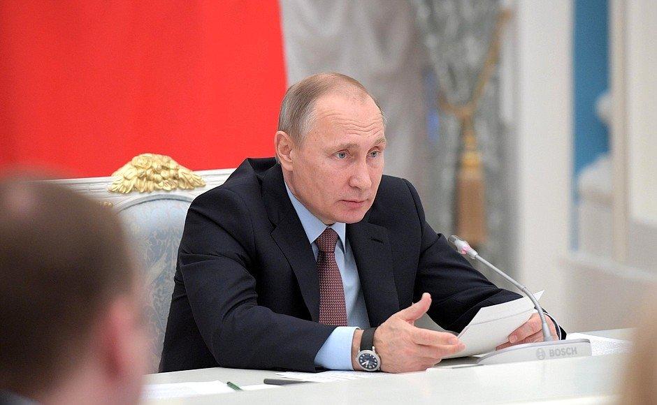 Песков: Путин обсудил Совбезом Сирию и выход США из ДРСМД