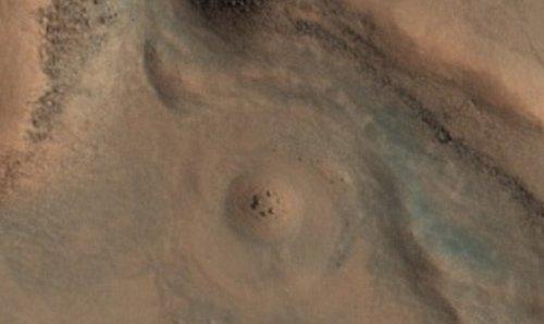 На Марсе найдено геологическ…