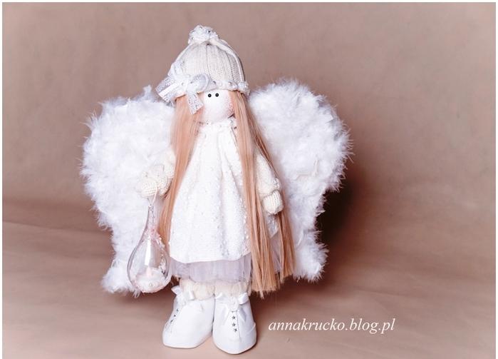 Ангел из папье-маше