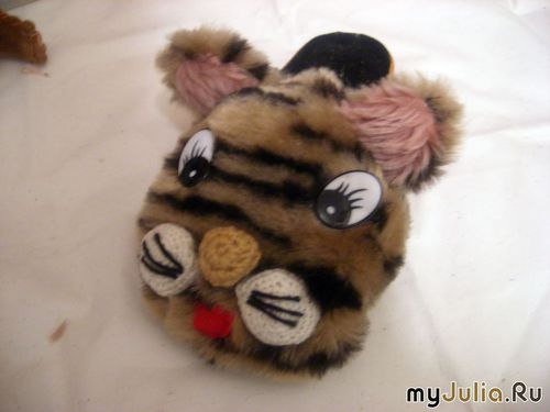 Тигровые тапочки