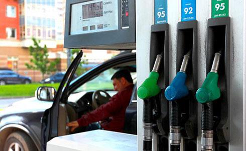 Бензин в России будет стоить…
