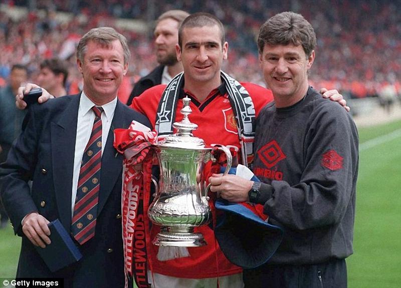 039 Алекс Фергюсон: Самый титулованный тренер Манчестер Юнайтед