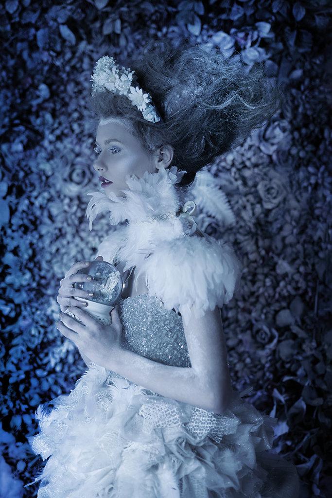 Фотопрект «Таинственный сад». Потрясающие сюрреалистические портреты фотографа Даниэлы Мэджик - 2