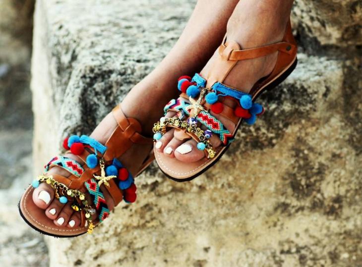 Яркие сандалии греческого дизайнера Elina Linardaki