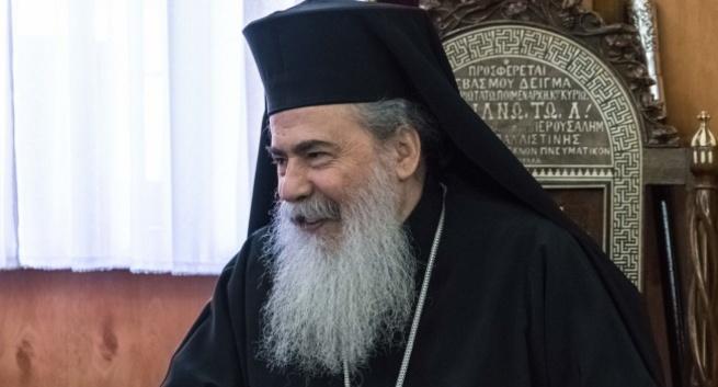 Патриарх Иерусалимский и не собирается признавать ПЦУ - уникальные подробности феерического облома Порошенко
