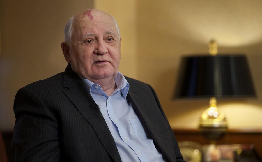И только Михаил Горбачев...........молодец