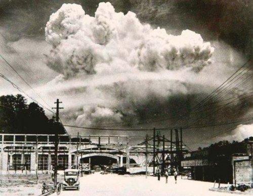 Топ-25: Исторические фотографии, в реальность которых сложно поверить