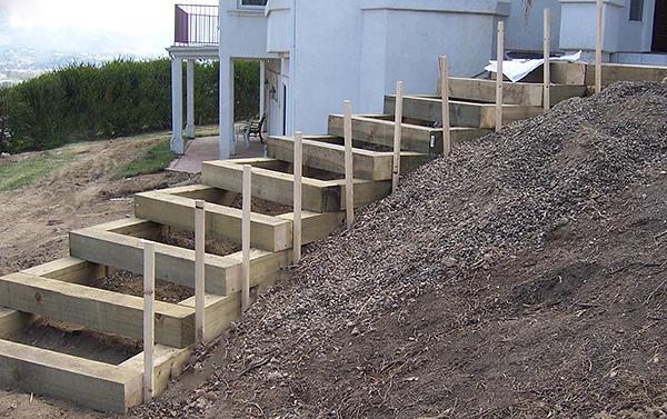 Как сделать ступеньки в саду