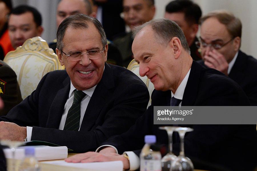 Об одновременном «прозрении» народа и Кремля