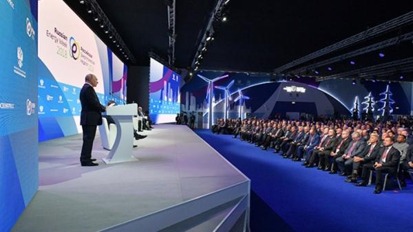 Как Владимир Путин подчинил экономику политике
