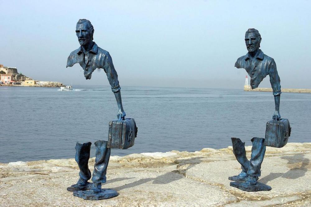 6. Скульптуры-призраки Бруно Каталано. люди, мир, удивительные фотографии