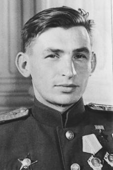 На сегодняшний день В.В. Решетников является последним из ныне живущих Героев Советского Союза, воевавших на Ил-4...