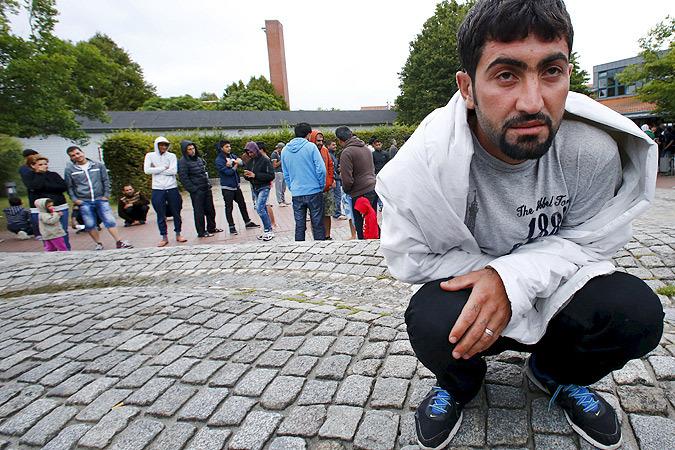 Плач бывшей  советской немки  о беженцах в  ФРГ