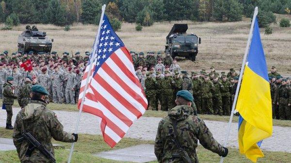 Без причин и объяснений: США отказывают в визах каждому третьему украинцу