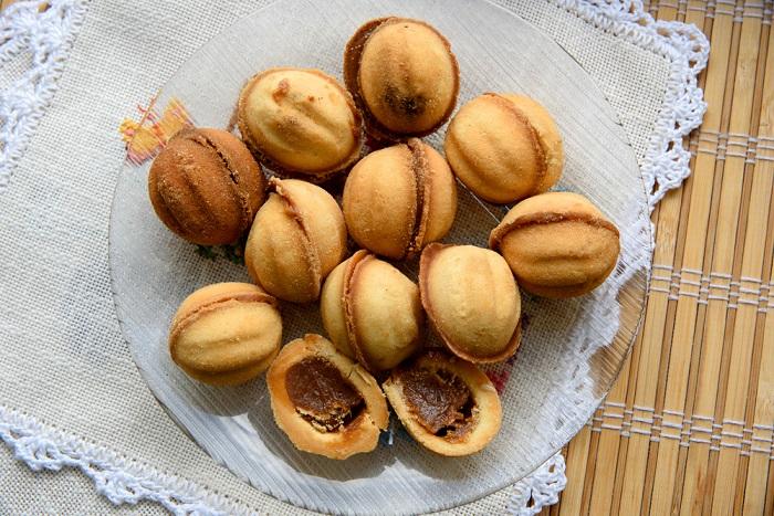 слоеное печенье со сгущенкой