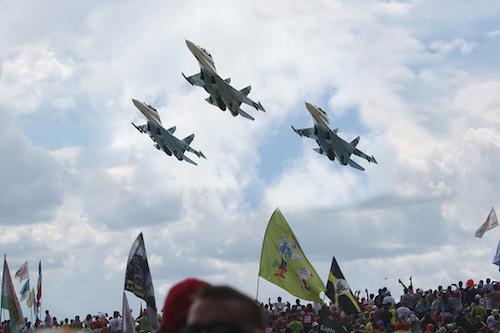 Наши, Армия и Флот