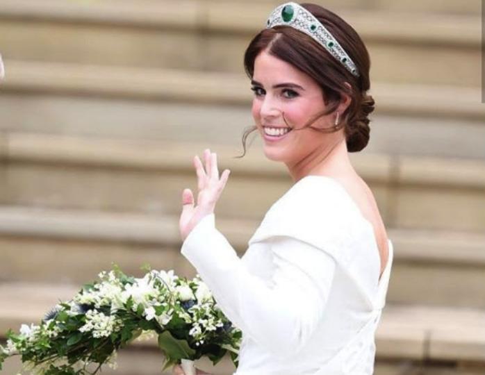 Принцесса Евгения вышла замуж: невеста едва сдерживала слезы на торжественной церемонии