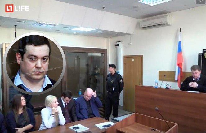 Чуда не произойдет: адвокат Давидыча уехал из суда до вынесения приговора