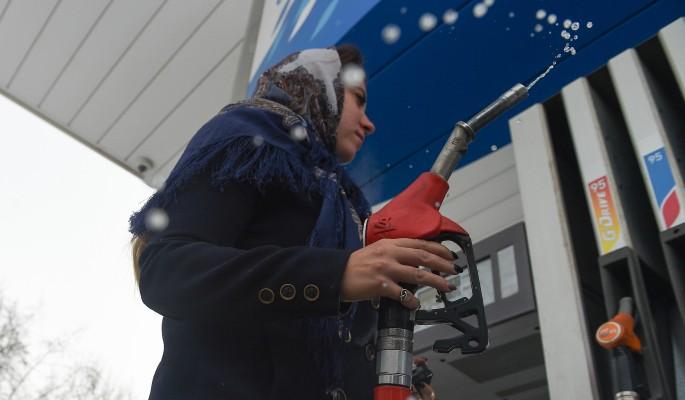 В России заморожены цены на бензин