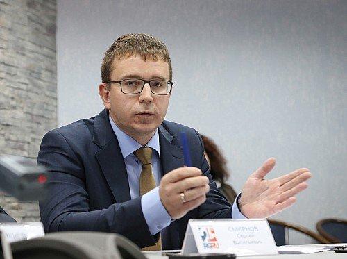 Редактор журнала «За рулем» Сергей Смирнов