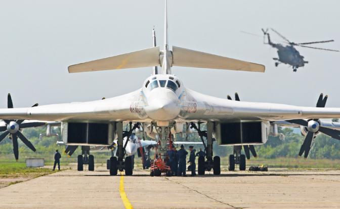 Возрождение Ту-160: Зачем Пу…