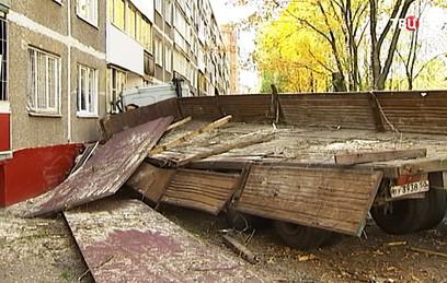 Два человека пострадали в результате ДТП с грузовиком в Щелкове