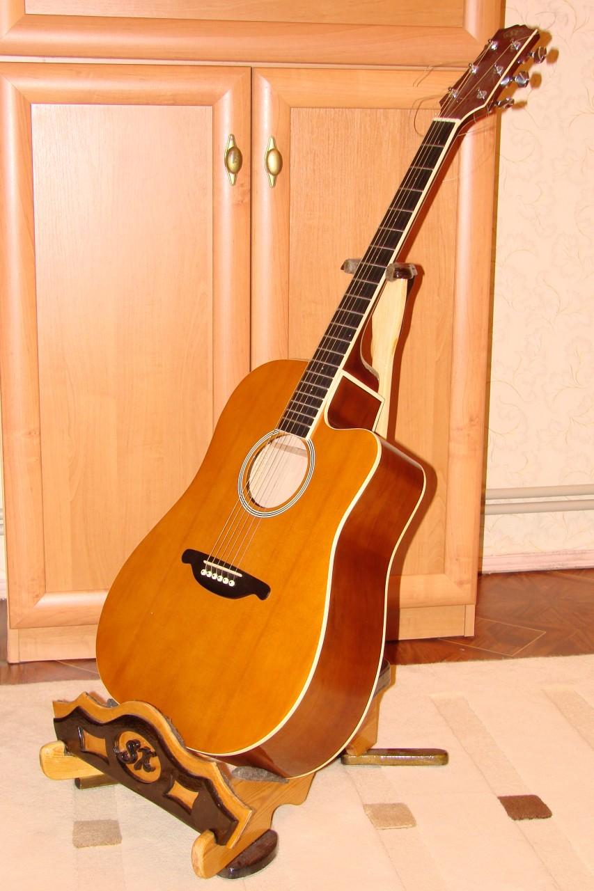 Подставка под акустическую гитару своими руками