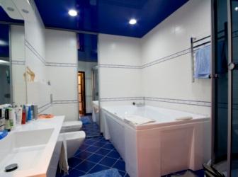 Выбор натяжного потолка в ванную комнату: советы, особенности, дизайн