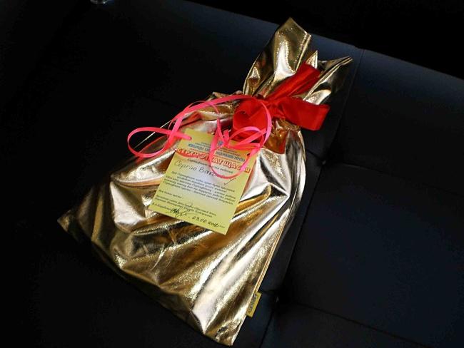 подарок другу на день рождения сделанный своими руками