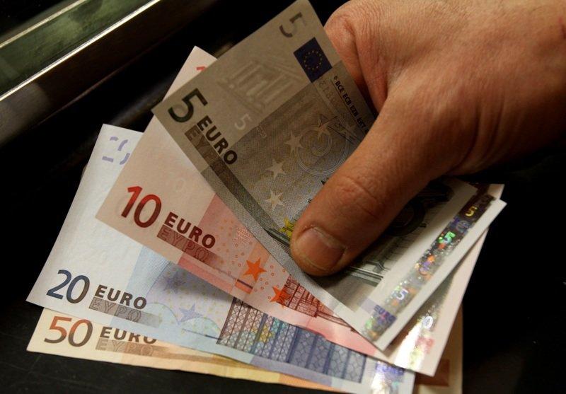 Дедуля отдохнул на остановке за 35 евро германия, дюссельдорф, маразм крепчает, новости, штраф