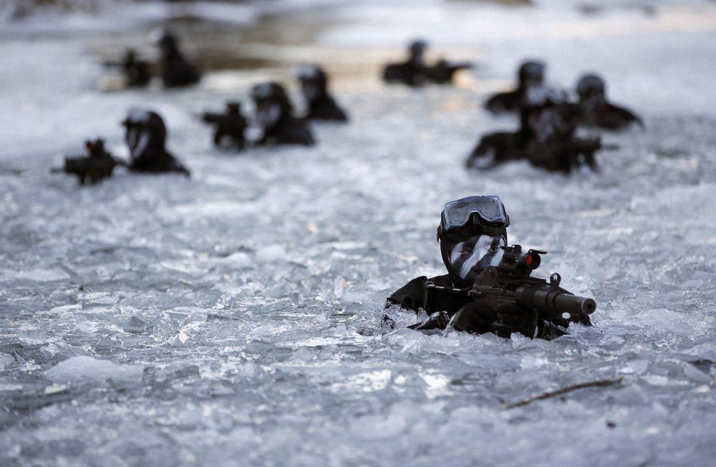 Зимние учения южнокорейского спецназа-13