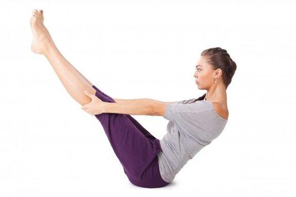 5 простых упражнений из йоги — для плоского живота.
