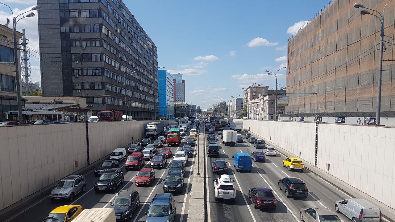 В России вступили в силу новые правила регистрации транспортных средств